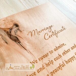 制作例:自然木の結婚証明書